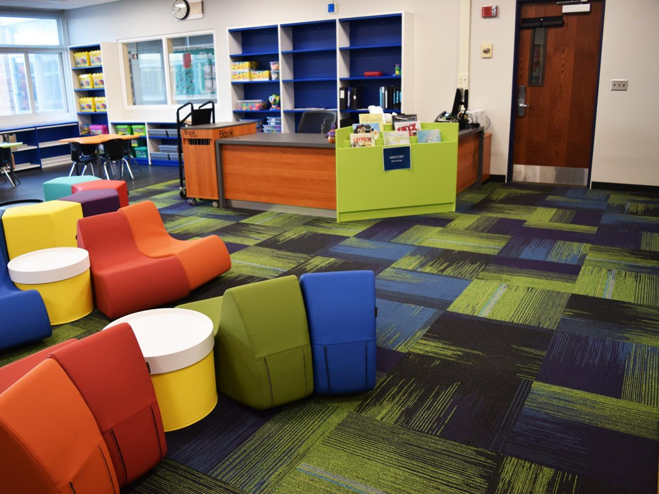 Elementary Library Pic 2