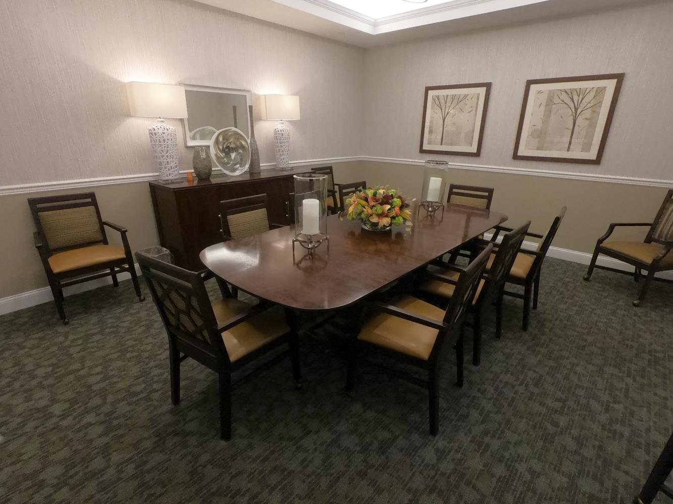 Nassau atria, private dining area